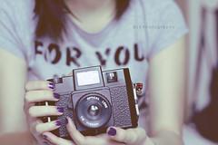 ([L] di .zuma) Tags: me self holga viola nera  capelli subsonica braccia incantevole