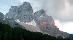 Alpinglow on the Pelmo (OneEighteen) Tags: sunset italy mountains trekking evening hiking dolomites pelmo alpinglow altavia1 cittadefiume