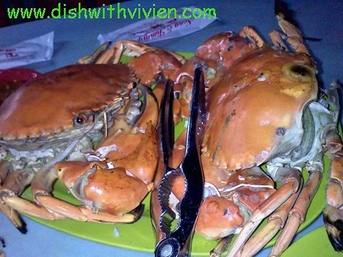 Nong-and-Jimmy5-BBQ-Crab