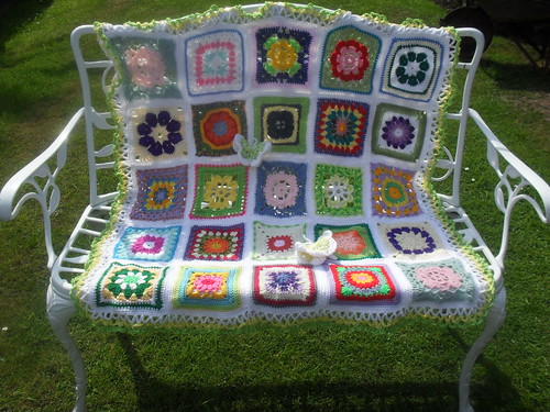Beautiful Squares from you all, Thanks so much, aren't they pretty!.........>