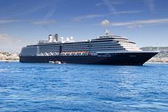MS Noordam, Cannes (ragingwire) Tags: cruise nikon ship vessel cruiseship schiff noordam msnoordam nikond80 hollandamericacruiseline