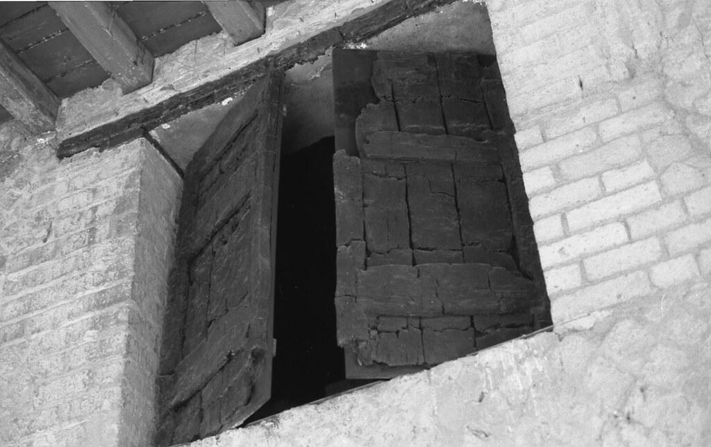 Wooden Shutters: Herculaneum