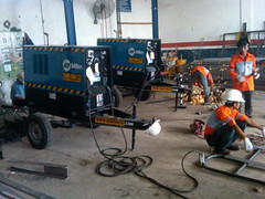 Engine Welding Miller Santomic