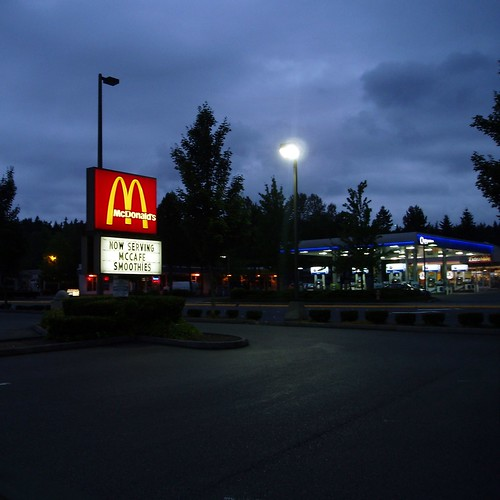 Bellevue McDonald's at 140th Ave NE