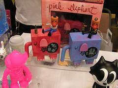 Vinyl Toy Network 2007 Winter Show (DesignerCon) Tags: winter toy king designer vinyl network con munky 2007 dcon vtn