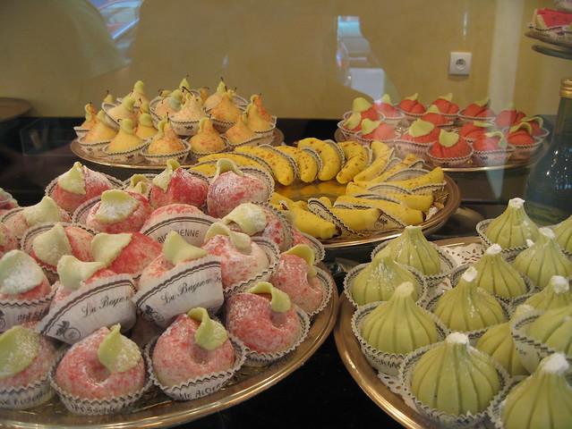 حلويات جزائرية 4887686011_26f43008b