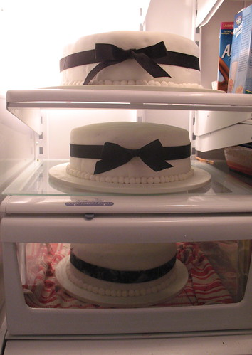 one wedding, three cakes