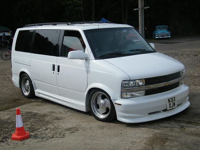 1995 Chevy Astro Van Owners Manual