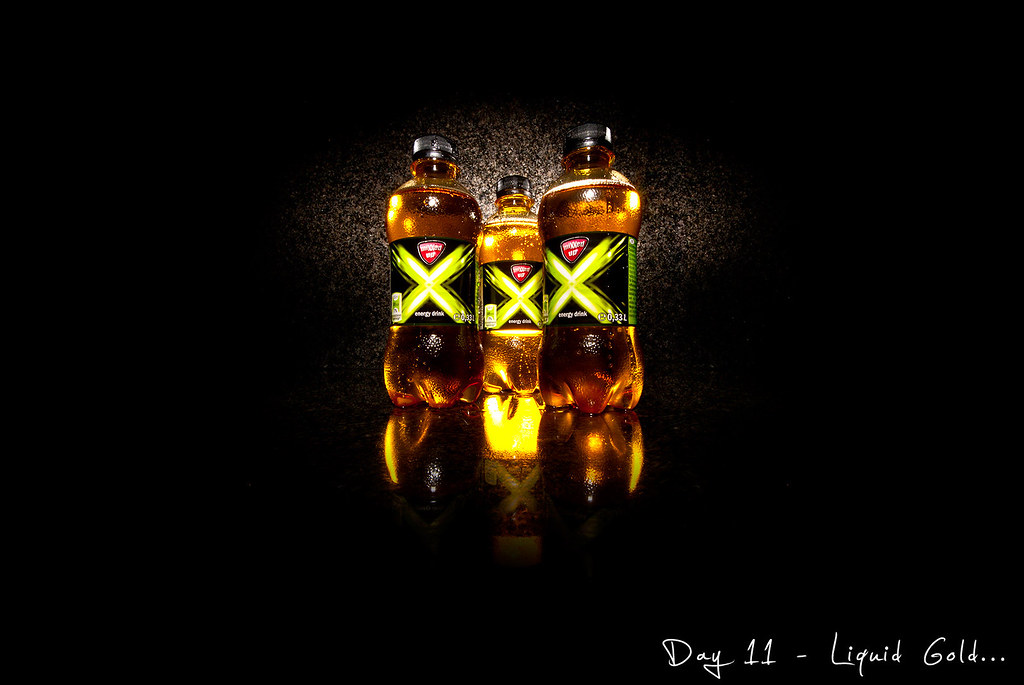 Project 365, Day 11, 011/365, liguid gold, red bull, lidl energy drink, mixxed up, Strobist, pocketwizard