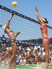AVP Long Beach 2010 (Veger) Tags: california sports sport canon outdoors athletics outdoor beachvolleyball telephoto longbeach volleyball 70200 avp branagh canon70200f4l rutledge canon70200 nicolebranagh provolleyball professionalvolleyball lisarutledge avp2010 avplongbeachvolleyball avplongbeach longbeachavp lisarutledgeavp lisarutledgelongbeach lisarutledgevolleyball rutledgeavp lisarutledge2010 nicolebranaghavp nicolebranaghlongbeach nicolebranaghvolleyball branaghavp branaghvolleyball branaghlongbeach branaghavptournament branagh2010