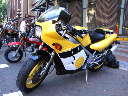 1985 Yamaha RZ500, Gastown Motorcycle Show n' Shine 2010 Had Hell Angels and Bike Enthusiasts Ogling