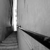 narrow... (...storrao...) Tags: bw portugal stairs nikon lisboa pb nb photowalk narrow alfama ruela escadas d90 estreito storrao sofiatorrão nikond90bw lxpw