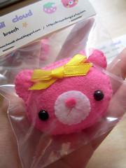 IMG_1055 (♥ KawaiiCloud ♥) Tags: cute brooch felt kawaii nuigurumi kawaiicloudbrooches