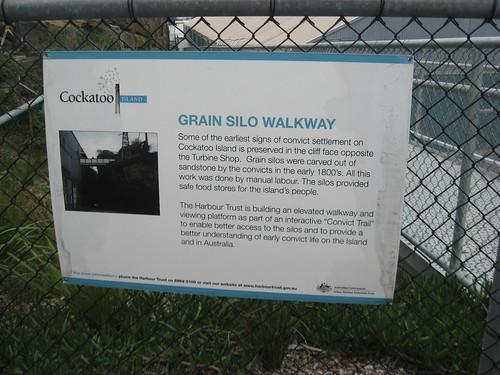 Grain silo walkway