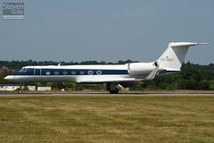CS-DKC - 5057 - Netjets Europe - Gulfstream G550 - Luton - 100628 - Steven Gray - IMG_5987