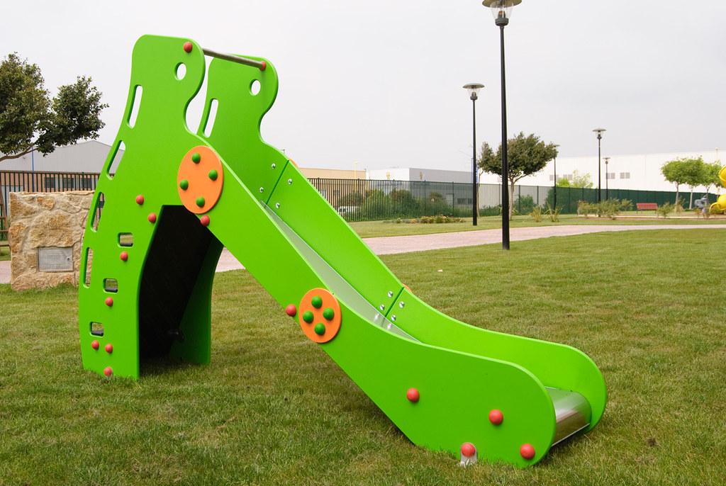 tobogn pequeo la rampeta mobipark mobiliario urbano y parques infantiles tags de