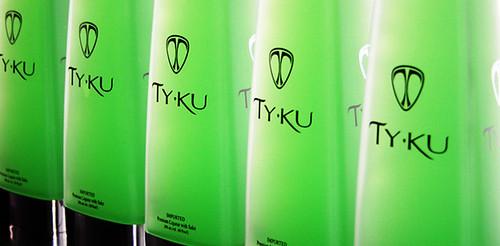 TY KU Premium Liqueur