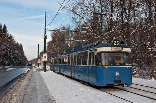 Am Schilcherweg fährt P-Wagen 2028 in Richtung Grünwald