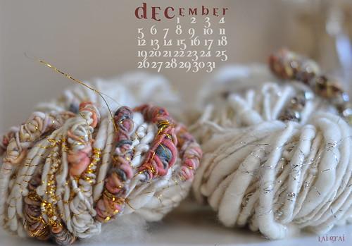 december- free desktop calendar!