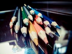 28/30 - the colors are still (Thiago SL) Tags: macro colors pencil cores photography photo still flickr photos bokeh picture explore finepix fujifilm s1800 thiagosl