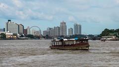 (seua_yai) Tags: asia southeastasia thailand thai bangkok chaophrayariver river boat bangkok2017 asiatique