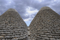 TrUllallero  😊 (carlo612001) Tags: stone old architecture pietra trulli puglia salento italia italy holidays vacanze turismo ancient building travel expression pyramid construction outdoors monument archeology desktop xxl
