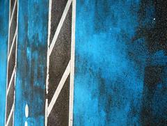 Rectangles in Blue (Ed Sax) Tags: blau weis schwarz parken edsax hamburg freeandhansatownofhamburg abstrakt photokunst photoart linie felder raute phoenix ekz phoenixcenter