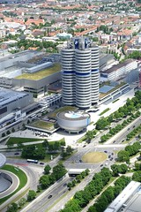 BMW Welt DSC09020 (Chris Belsten) Tags: design munich münchen deutschland bmwwelt metal industrialdesign industrialarchitecture architecture coophimmellau bmwag industry bmw stockcategories