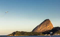 It's friday afternoon... I'm leaving! (shooterb9) Tags: riodejaneiro rj sunset fly away byebye mountain brasilemimagens brasil brazil