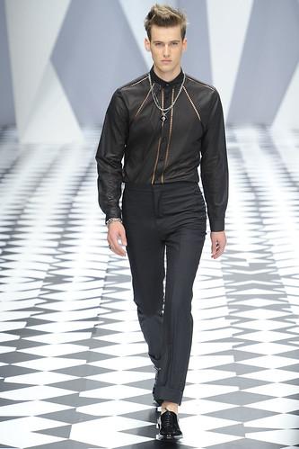 SS11_Milan_Versace0043_Robin Barnett(VOGUEcom)