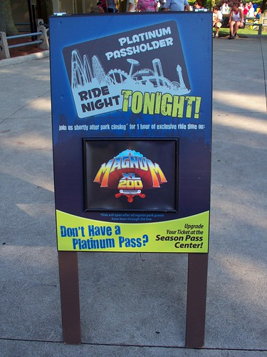 Cedar Point - Magnum XL 200 ERT Sign