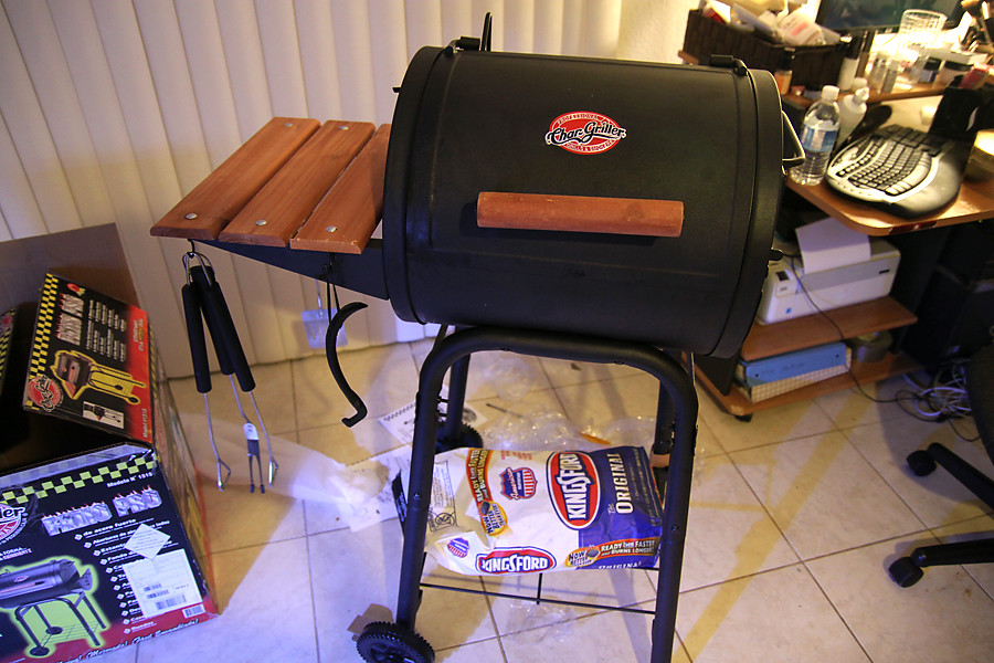 IMG_7225 (PeterMNguyen) Tags: Grill Patio Pro Smokers 1515 Chargriller