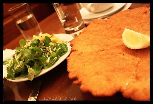 Schnitzel mit Potato Salad
