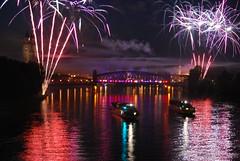 Elbe in Licht und Flammen