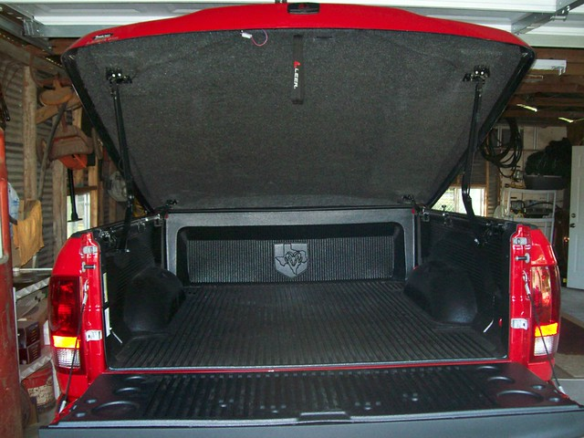 leer option bedliner tonneaucover