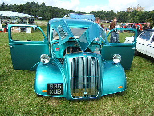 OCTOBER 1953 FORD ANGLIA 6600cc 935XUB