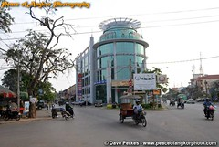 100120142-Sivatha-St (daveperkes) Tags: street people town cambodia colonial architcture siemreap marcet