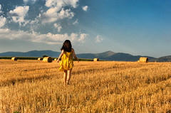 (Nick-K (Nikos Koutoulas)) Tags: woman nature girl field golden nikon balls nikos greece concept hay f28 nickk ellada 3570mm   kozani   d700       gvr1 koutoulas