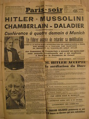 IMG_0682 (ielanguages) Tags: france hitler wwi wwii newspapers journal guerre mussolini journaux
