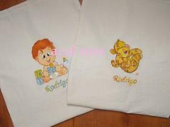 sacos maternidade rodrigo 2 (Cludia g) Tags: primeira mo pintura maternidade nica personalizado nico roupinha saquinhos