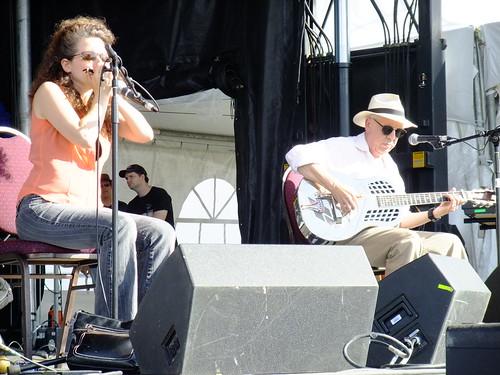 Paul Rishell & Annie Raines at Ottawa Bluesfest 2010