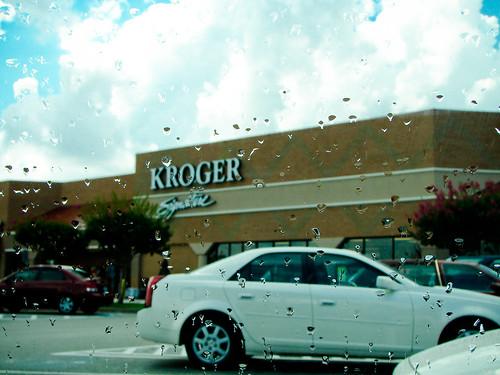 187/365: Rainy Groceries
