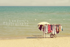 ~ Summer clothing (.landart) Tags: summer beach clothing mare estate playa verano spiaggia ropa vestidos vestiti