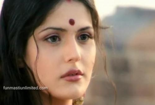 Bollywood actress Zarine Khan photos