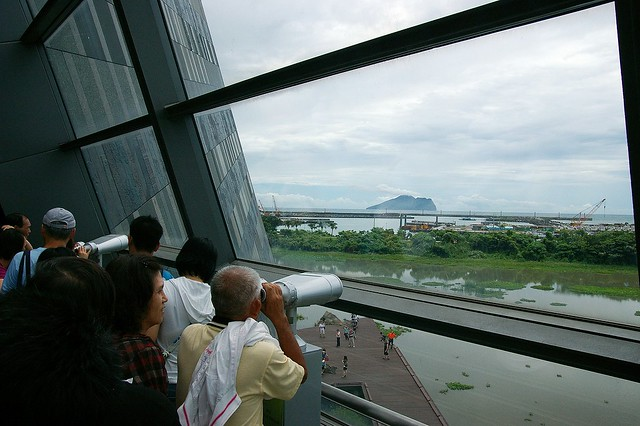 IMGP0582_可以看到整個烏石港與龜山島