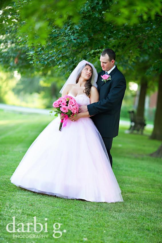 DarbiGPhotography-kansas city wedding photographer-Ursula&Phil-123