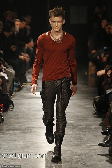 Bastiaan Ninaber3051_FW09_Paris_Julius(prestigium.com)