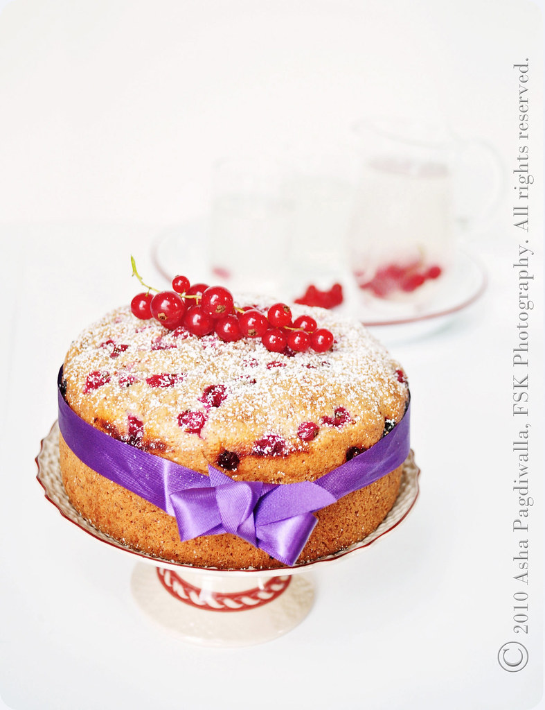 Red Currant Tea Cake Close1