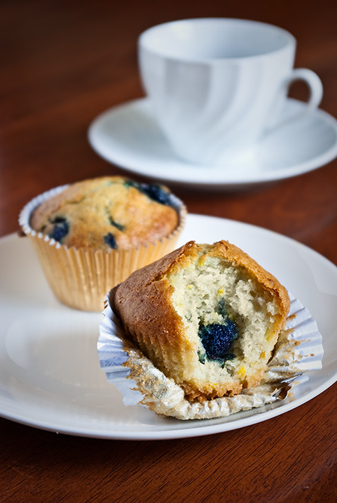 09_09---Lemon-Blueberry-Muffinsjpg