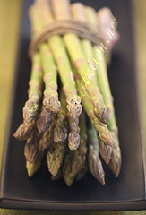 Veg - Violet Asparagus Bouquet on Black Plate